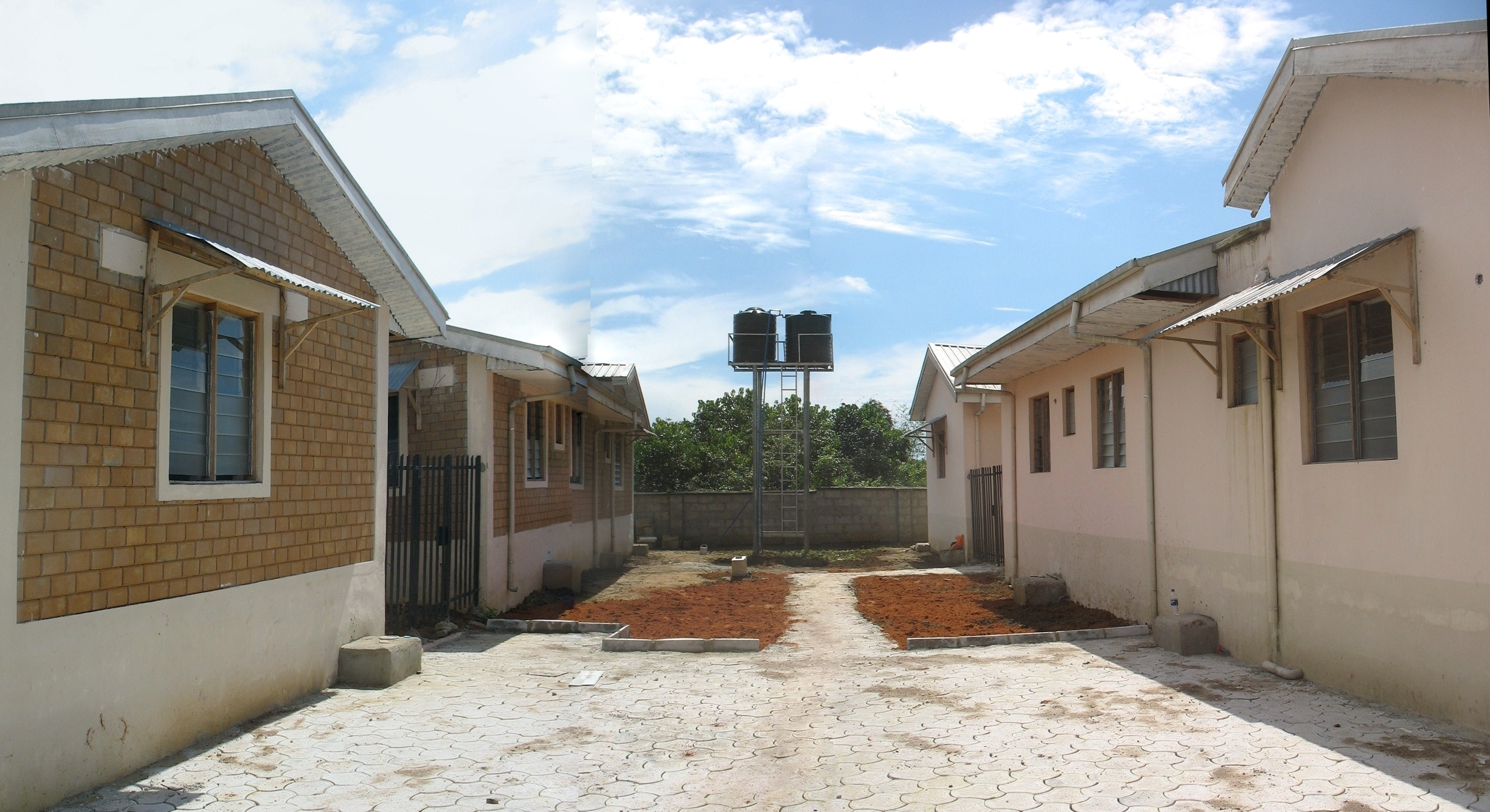 Affordable green housing for nigeria heinrich b ll for Housing builders